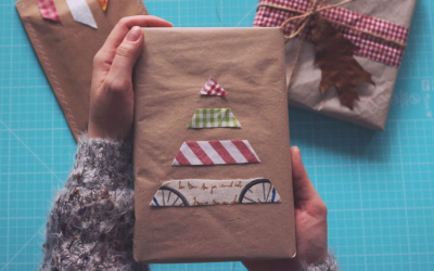 Packaging di Natale con avanzi di stoffe